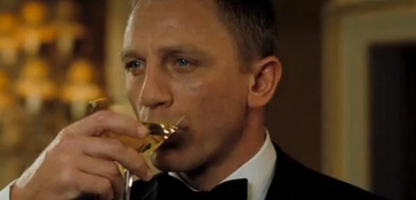 daniel-craig-james-bond-martini