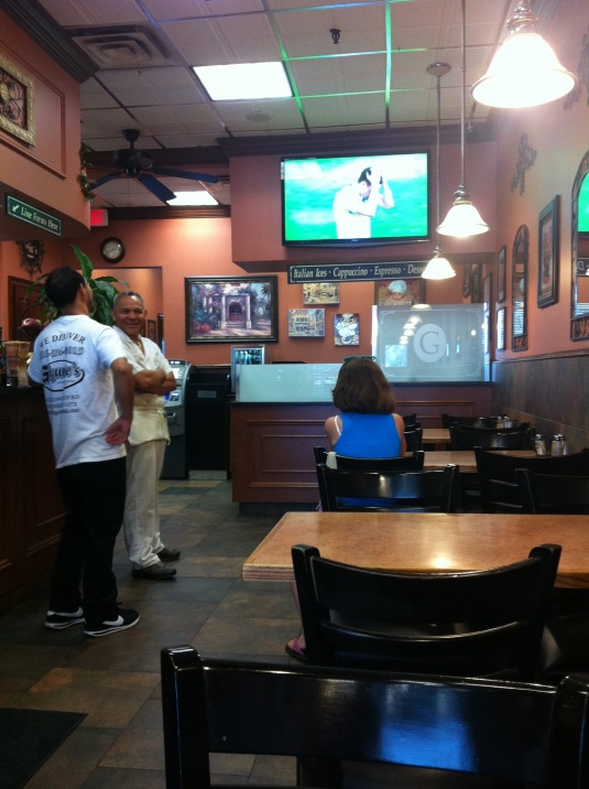 Cheering on Italia from Gigante's in Oceanside.