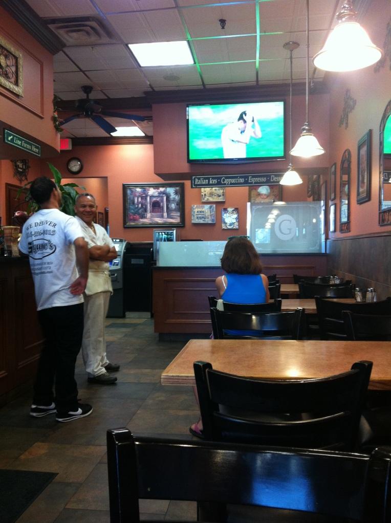 Cheering on Italia from Gigante's in Oceanside.