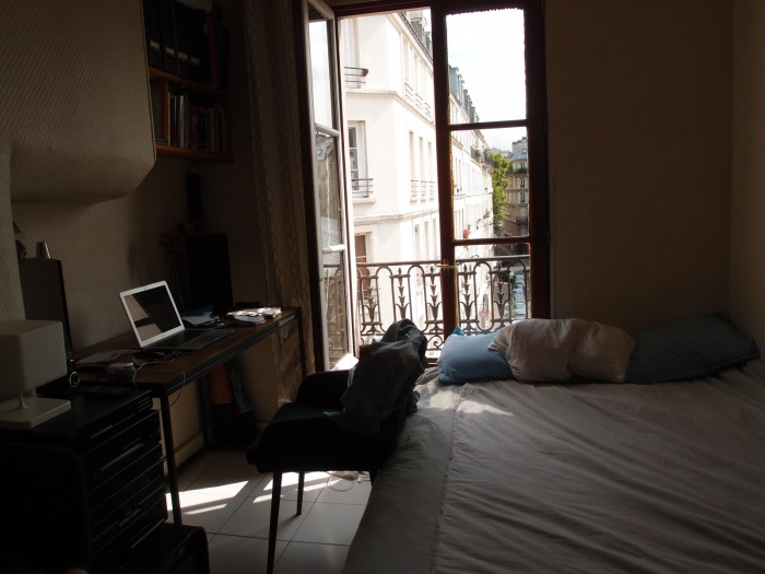 The AirBnB flat I've rented in the 11iem.