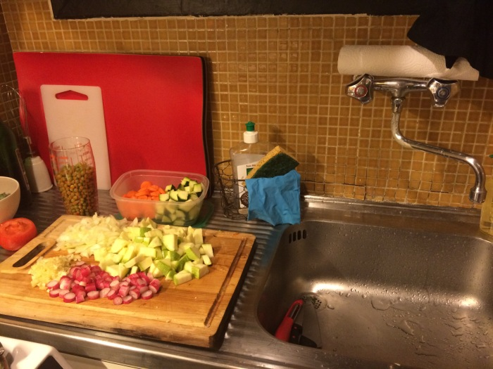 One thing's for sure: I keep a clean kitchen while cooking.