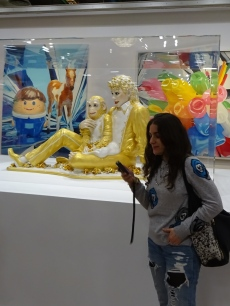 Me and Koons' MJ and Bubbles