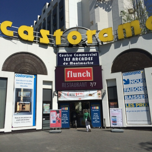 """Welcome to Castorama where you can have """"flunch."""" (WTF?)"""