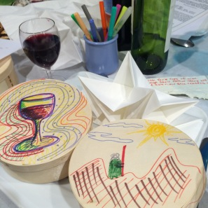Seder table arts and crafts